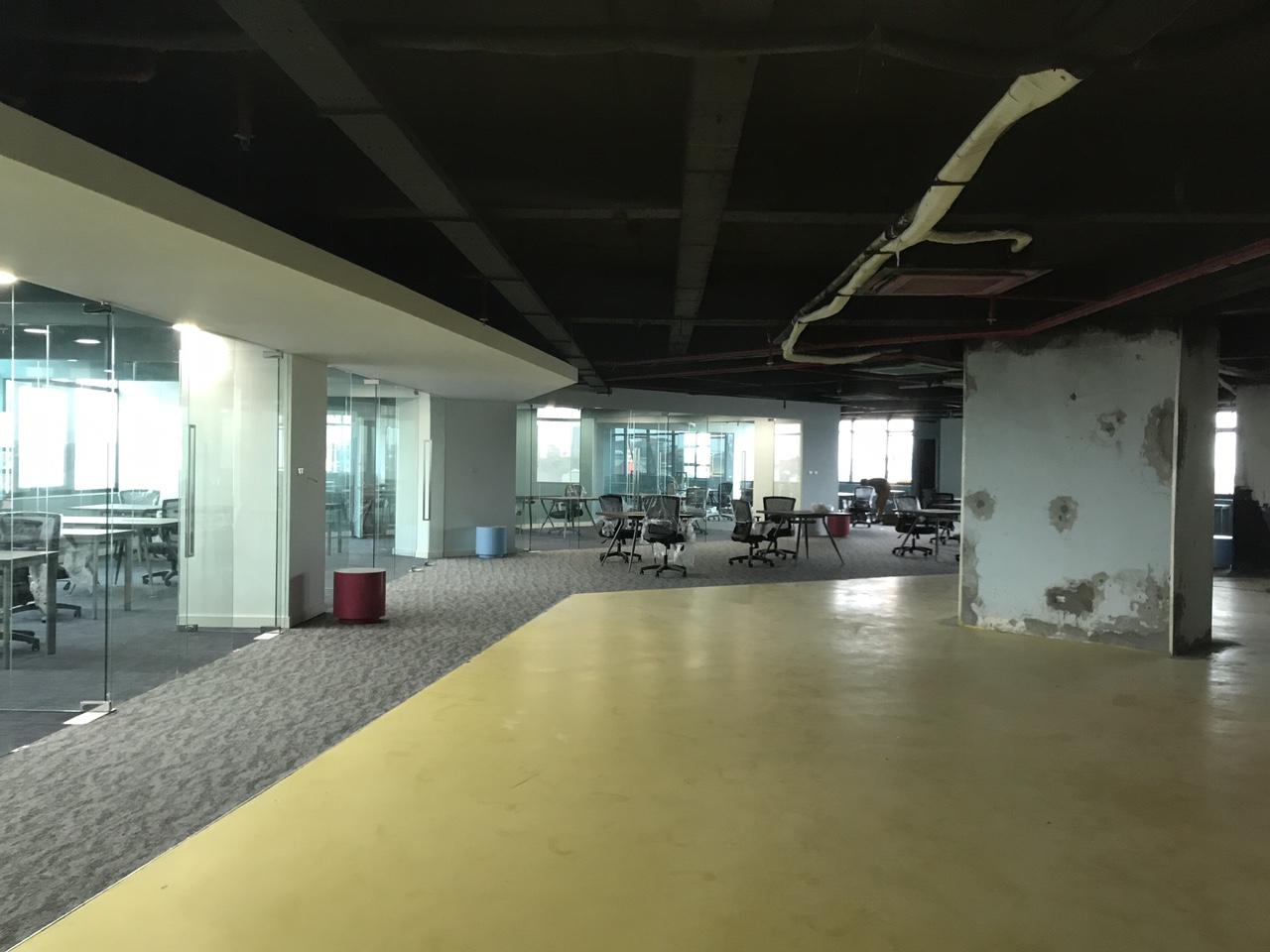 Hoàn thiện thiết kế nội thất văn phòng hạng A đẹp hiện đại