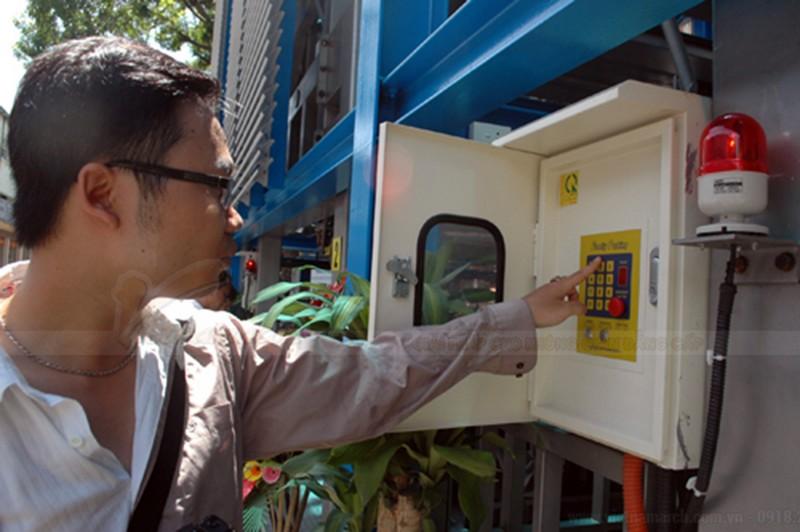 Bãi đỗ xe thông minh Nguyễn Công Trứ