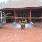 Thiết kế nhà thờ tổ kết cấu bê tông sơn giả gỗ đẹp và đầy uy nghiêm