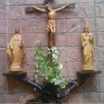 Hot: Tổng hợp những mẫu bàn thờ Thiên Chúa đẹp mà bạn không nên bỏ qua