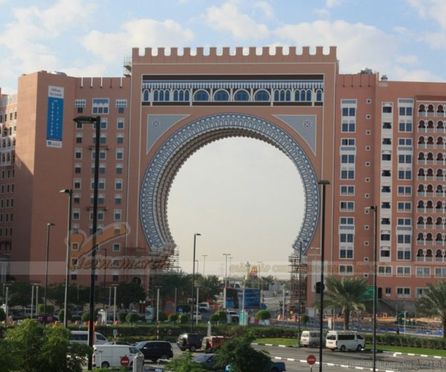 Dubai đã có bãi đỗ xe thông minh tự động như thế này từ năm 2009