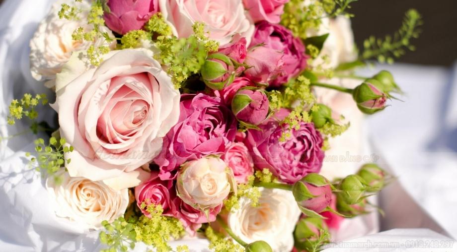 Loại hoa thường được sử dụng trong việc trang trí bàn thờ ngày ăn hỏi.