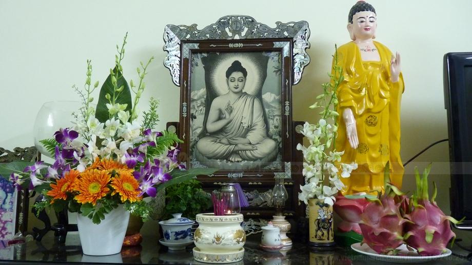 Chiêm ngưỡng 10++ mẫu bàn thờ Phật tại gia đẹp nhất 2018!