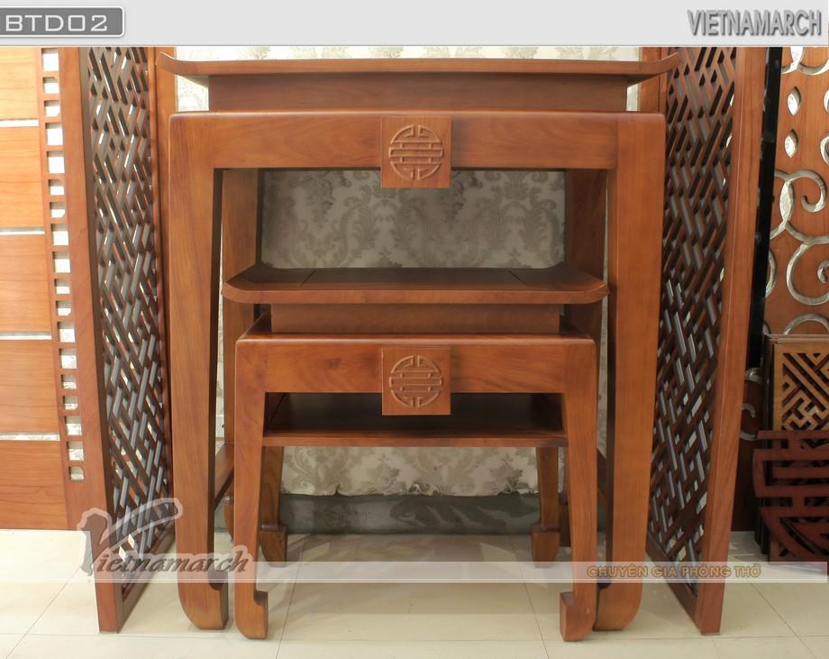 Mẫu bàn thờ phụ gỗ gõ 2 chân kiểu dáng gần giống bàn thờ chính