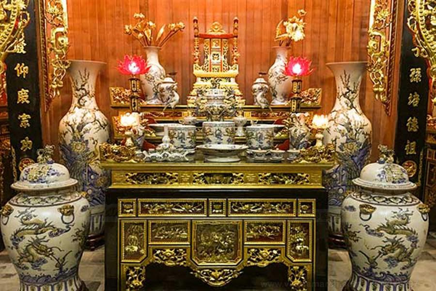 Kiểu bàn thờ xuất hiện nhiều tại chùa