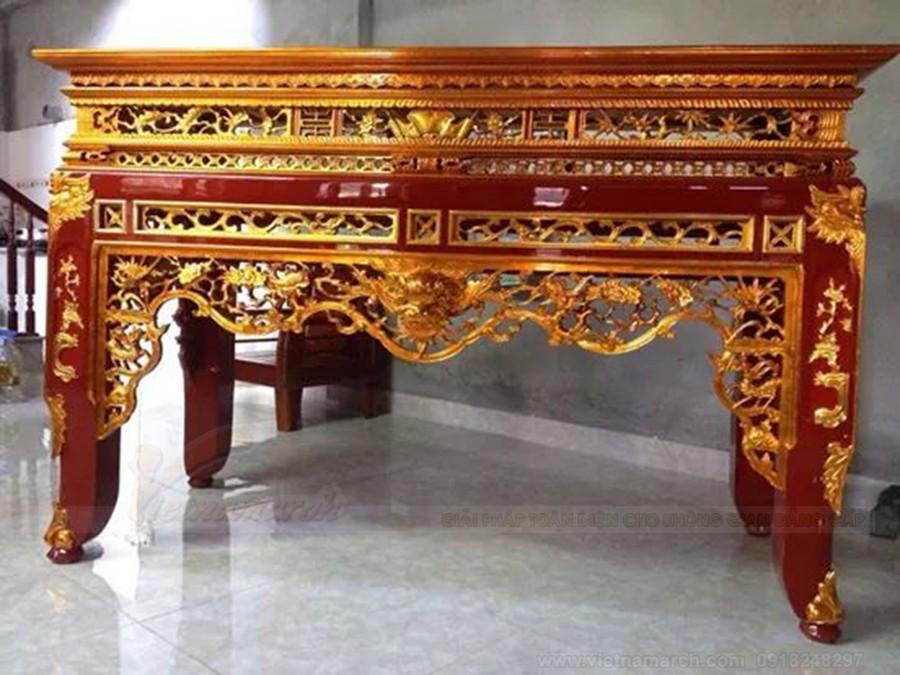 Màu sắc bàn thờ nổi bật