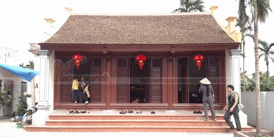 Mẫu nhà thờ họ bằng gỗ đẹp view8