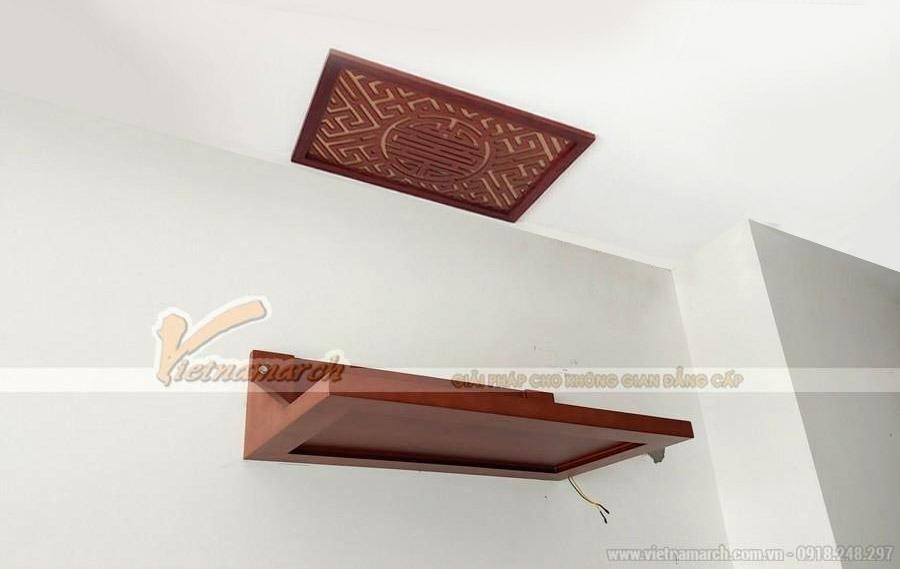 Mẫu bàn thờ treo hiện đại gỗ sồi màu cánh gián kích thước 48x81 cho chung cư tại Thanh Xuân – BTT01