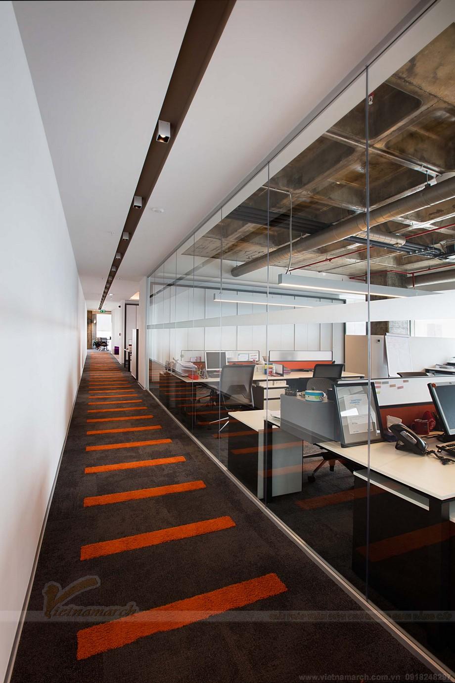 Thiết kế nội thất văn phòng coworking space khu vực hành lang