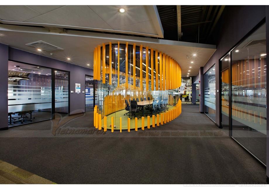 Thiết kế phòng họp trung tâm trong không gian làm việc chung coworking space