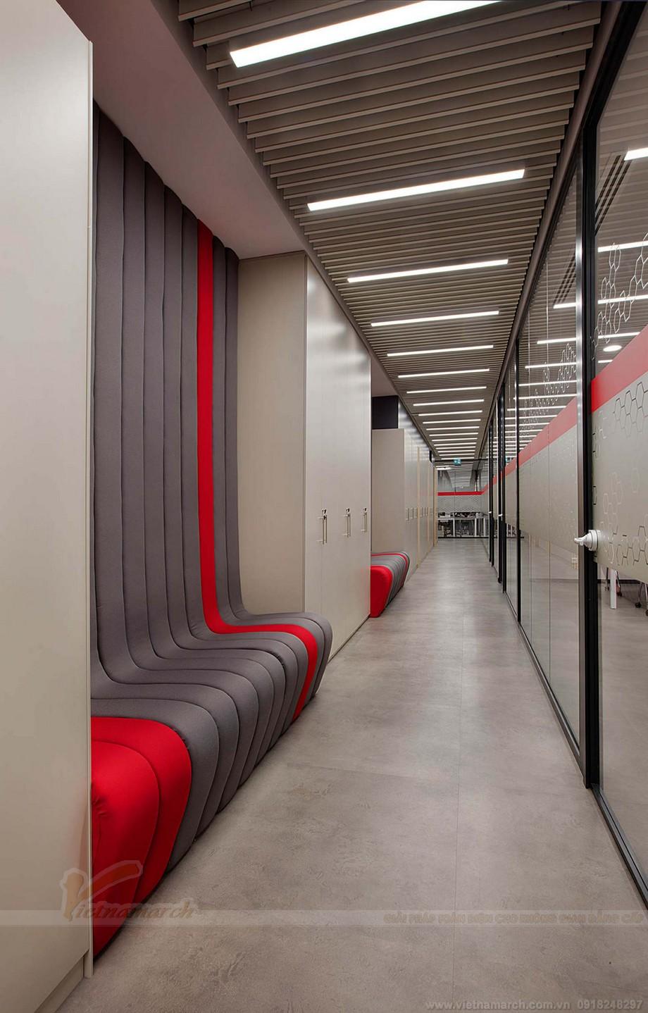 Thiết kế sảnh , trần nhà,hành lang và cầu thang của coworking space