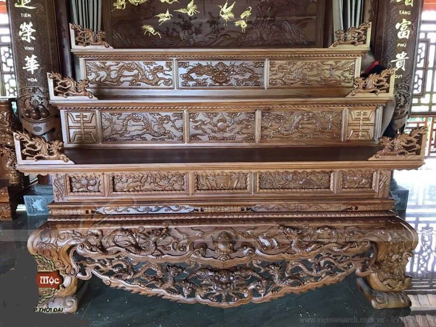 Những điều bạn nên biết về tủ thờ tam cấp: ý nghĩa, cấu tạo, cách bày bàn thờ,…