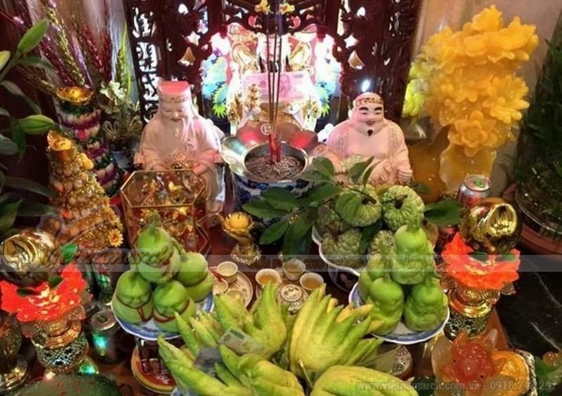 Thực tế, bàn thờ Thần Tài cũng có thể thờ 3 ông