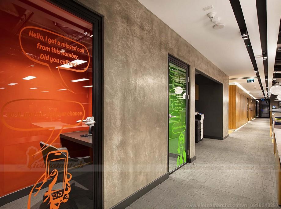Khu vực hành lang rộng đẹp trong coworking space