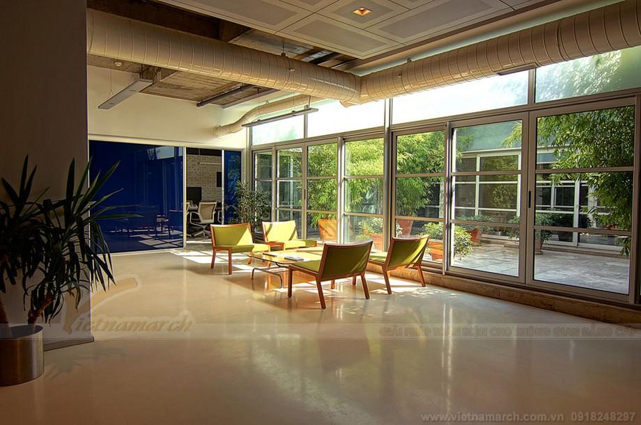 Thiết kế khu tiếp khách không gian văn phòng chia sẻ lãng mạn, ngập tràn ánh nắng