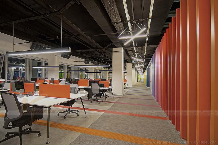 Thiết kế khu vực hành lang coworking space sắc màu trẻ trung