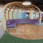 Thiết kế không gian làm việc chung coworking space năng động với sự pha trộn màu sắc độc nhất