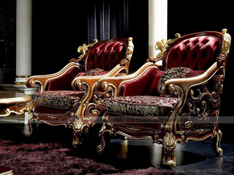 Màu đỏ và họa tiết sang trong của mẫu sofa cổ điển đơn này sẽ mang lại đẳng cấp quý phái