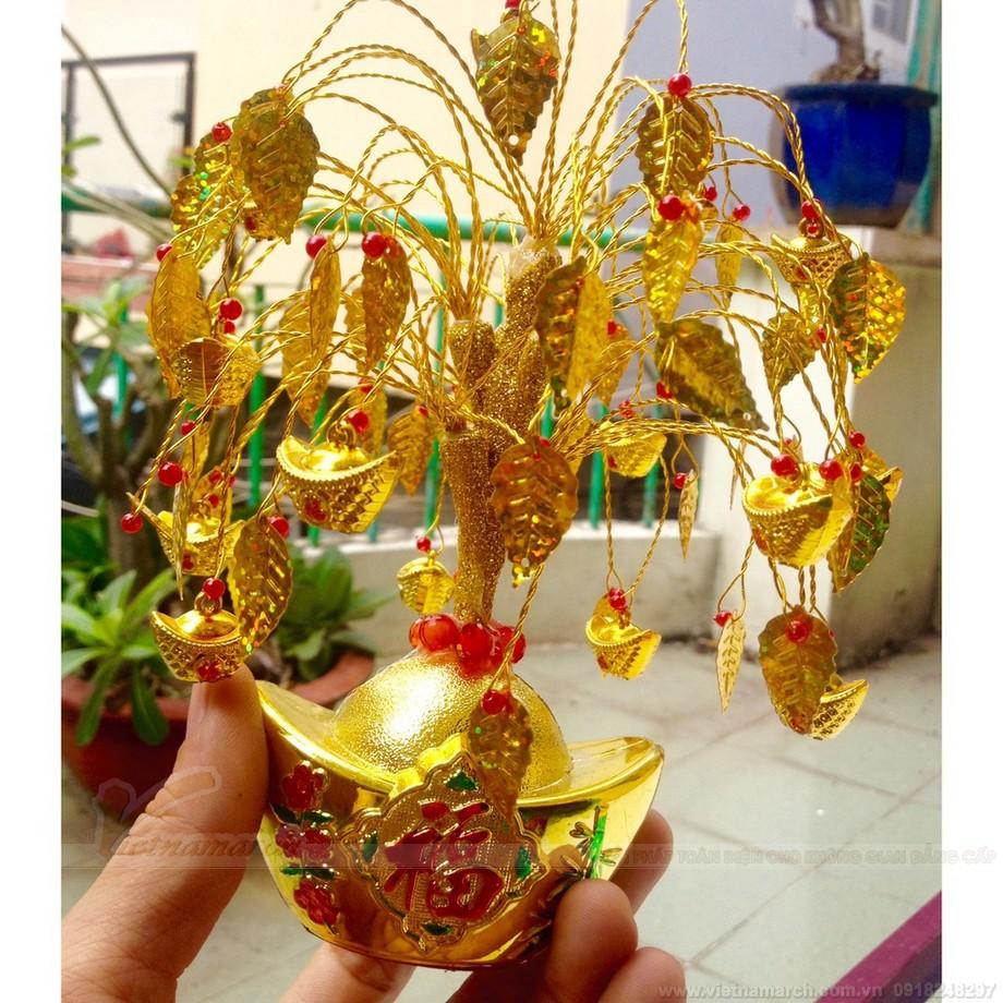 Cành vàng lá ngọc cấm kỵ trưng lên bàn thờ