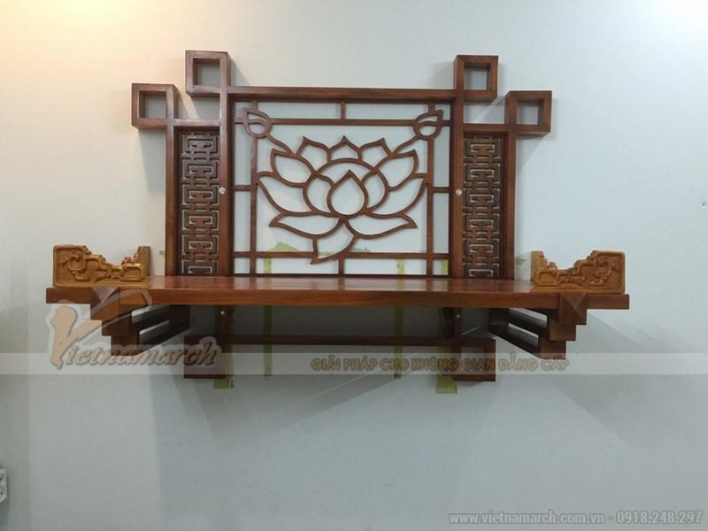 Mẫu bàn thờ treo tường cho nhà chung cư hoa văn đẹp cách điệu từ bông sen