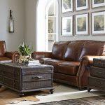 Mẫu sofa văng da bò đẹp lạ cho mọi kích thước phòng khách
