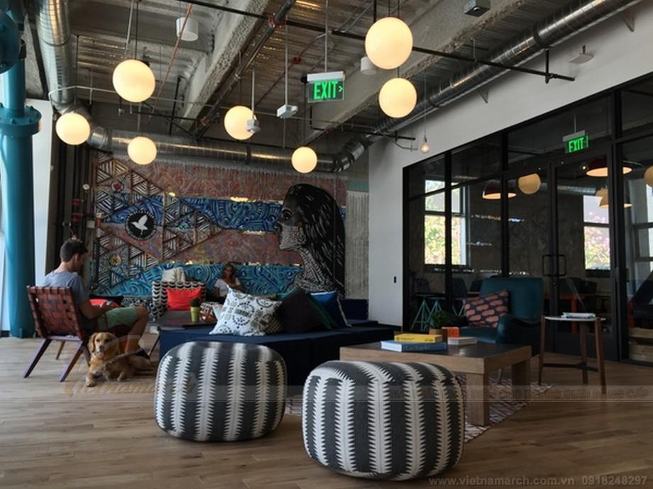 Coworking space WeWork, có 16 địa điểm tại 4 quốc gia, với địa điểm ban đầu là Thành phố New York