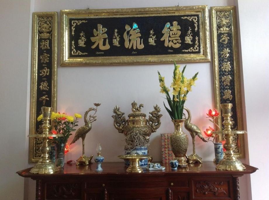 Mẫu hoành phi cấu đối đẹp bàn thờ nhà con thứ