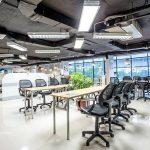 The Mahogany Coworking Space Hoàng Cầu mang sự hiện đại và chuyên nghiệp đến với không gian làm việc
