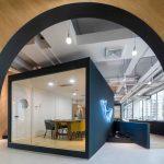 Xu hướng thiết kế không gian làm việc chung độc đáo với dãy parabol tuyệt đẹp