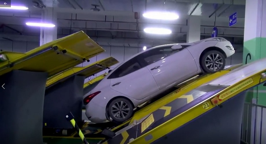 Bãi đỗ xe thông minh dốc ngược hoạt động như thế nào