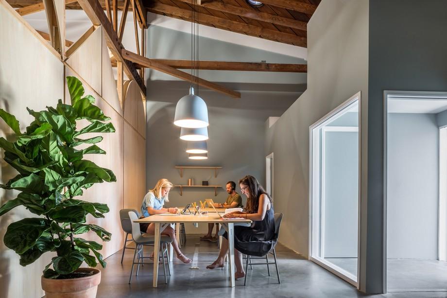 Thiết kế không gian làm việc chung kết hợp với khu chăm sóc trẻ em