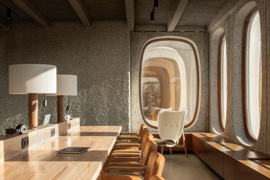Thiết kế bàn ghế phòng làm việc trong không gian làm việc chung