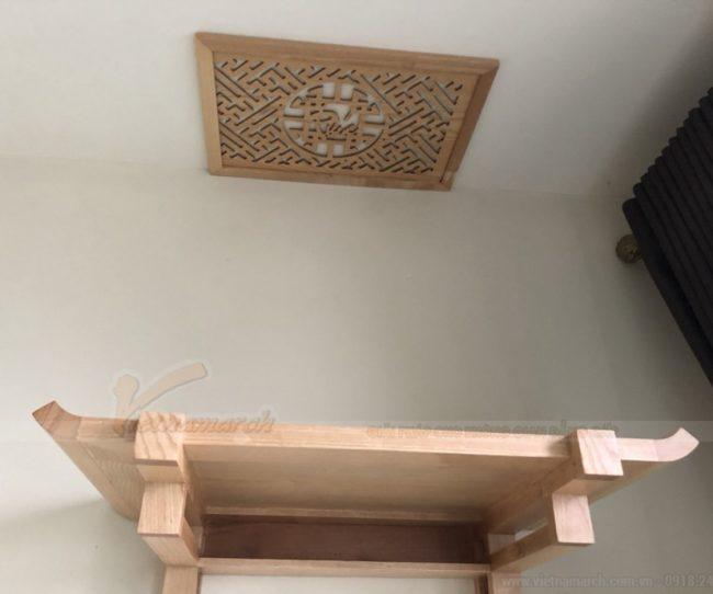 Ngày đẹp lắp bàn thờ treo gỗ sồi, màu trần sồi , nhỏ cho chung cư Huyndai Hà Đông