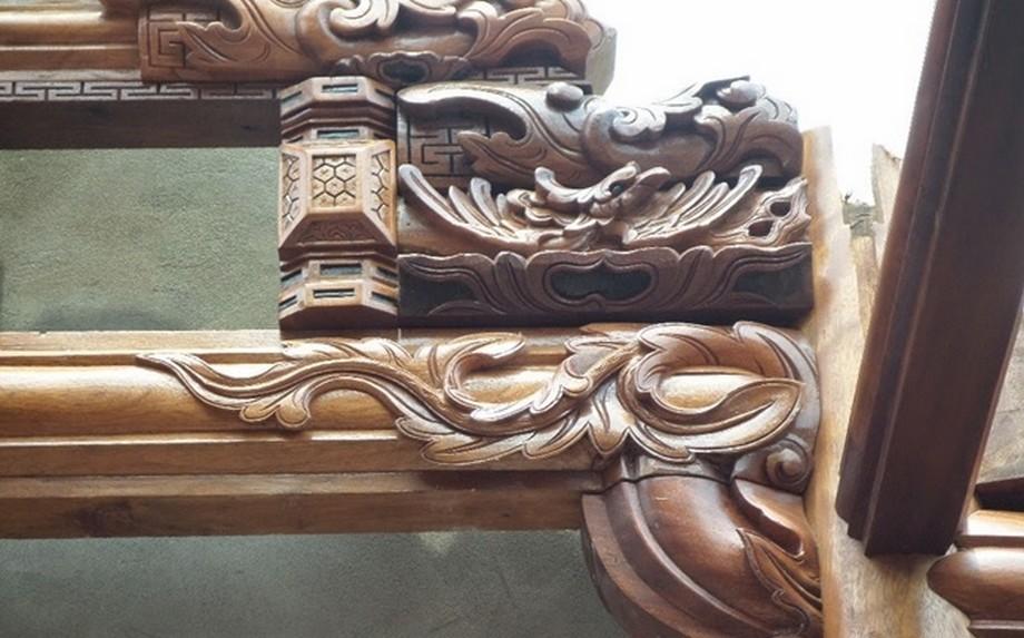 Mẫu nhà thời họ bằng gỗ lim 5 gian này được xây dựng và thi công bởi các thợ mộc, nghệ nhân tay nghề cao