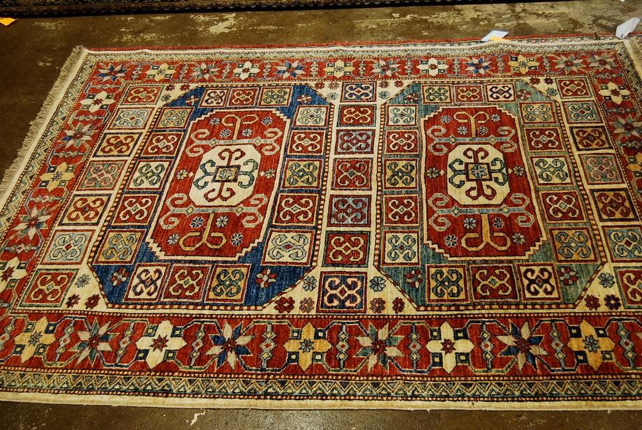 Thảm sofa nhập khẩu Đức họa tiết cổ điển mang lại vẻ đẹp sang trọng đẳng cấp