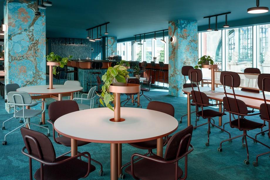 Thiết kế nội thất không gian làm việc chung ấm áp và hài hòa