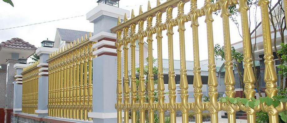 Mẫu hàng rào nhà thờ họ kiểu dáng công tước mới