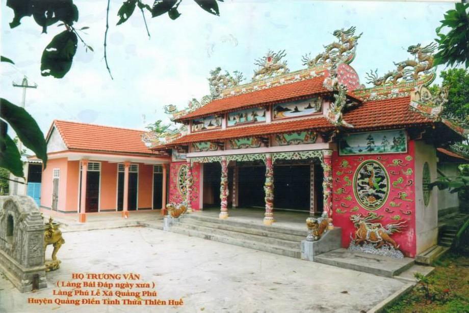 Thiết kế nhà thờ họ Trương ở Huế màu sắc độc đáo