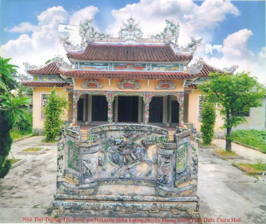 Thiết kế nhà thờ họ ở Huế sử dụng ngói liệt để lợp mái
