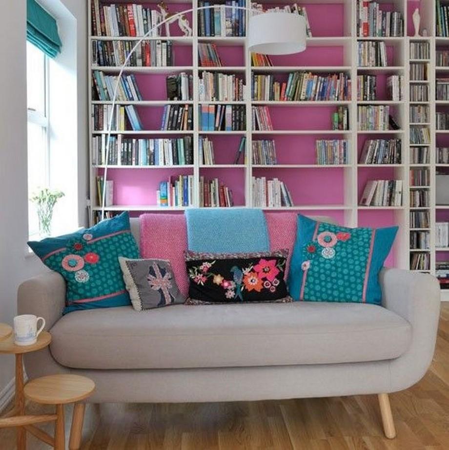 Mẫu vải bọc sofa gam màu xám hiện đại cùng vỏ gối phối họa tiết nhiều màu trẻ trung