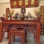 Tổng hợp 30 câu đối bàn thờ cha mẹ ý nghĩa nhất trên bàn thờ gia tiên