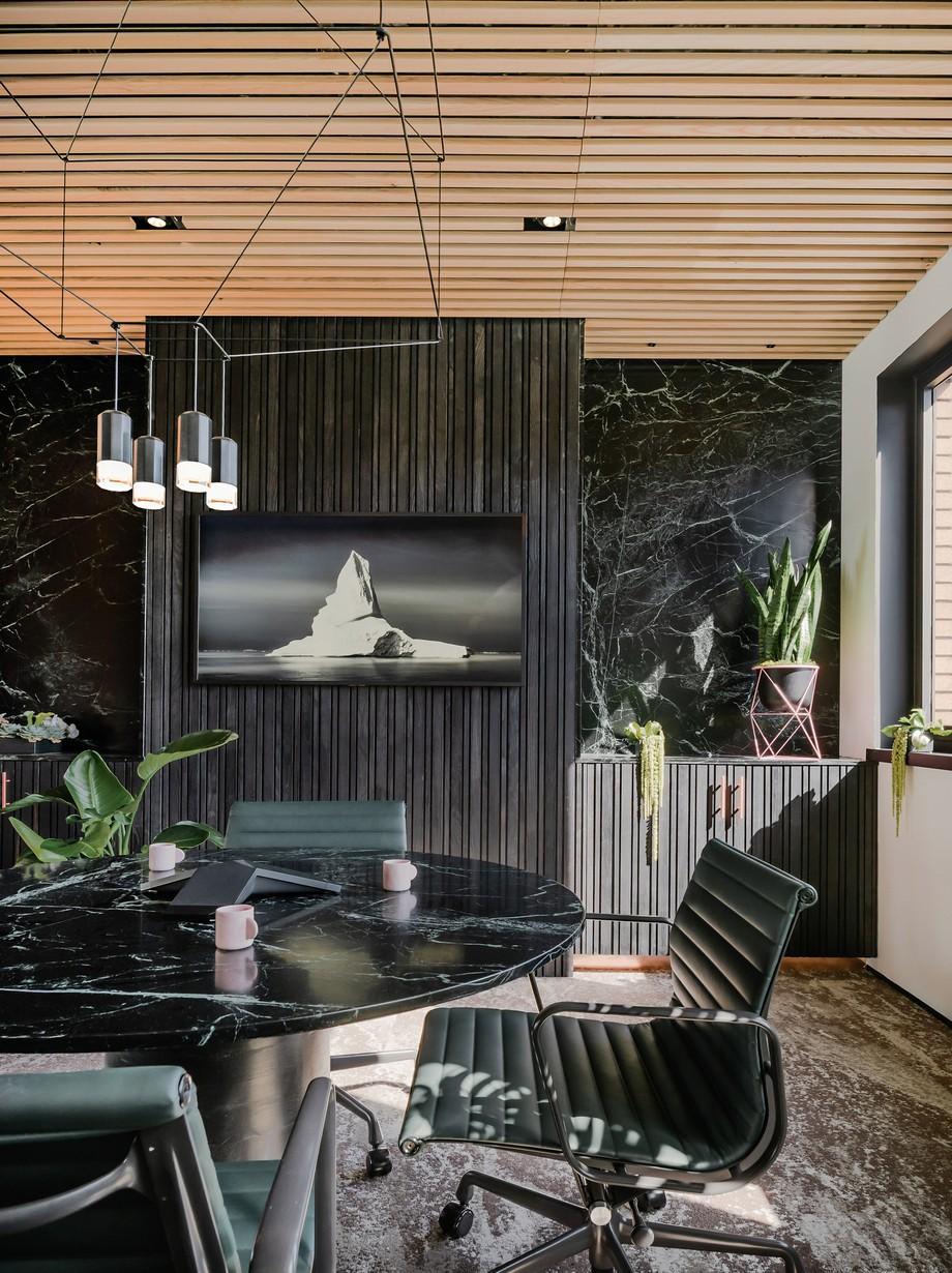 Thiết kế khu vực phòng họp riêng tư trong không gian làm việc chung