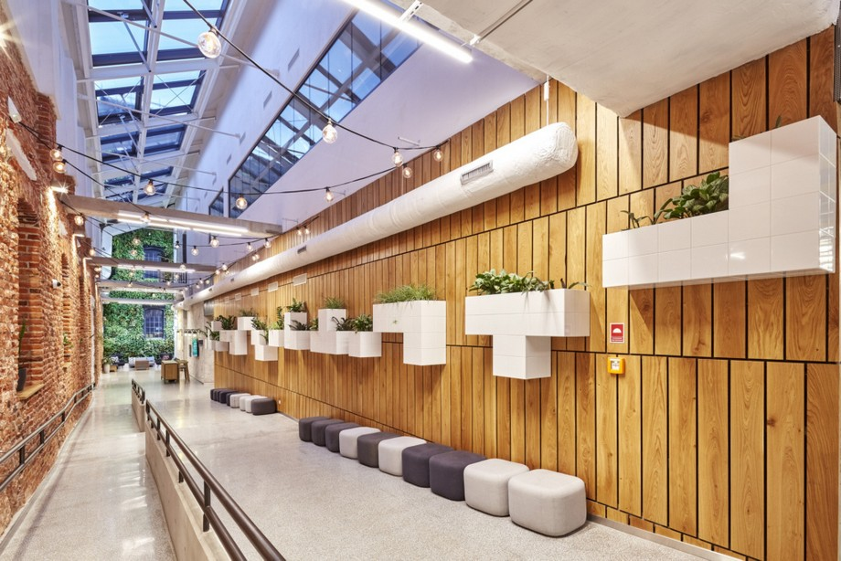 Thiết kế hành lang trong không gian làm việc chung
