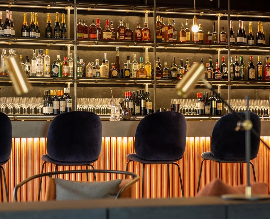 Thiết kế không gian quầy bar trong khu vực làm việc chung