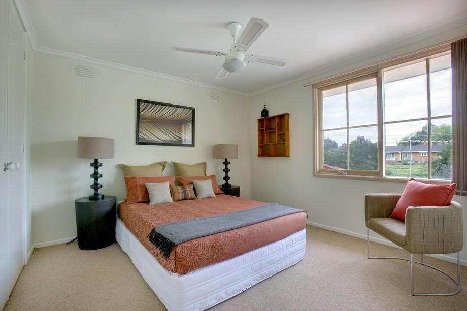 Bạn cũng có thể tạo diện mạo mới cho căn phòng ngủ