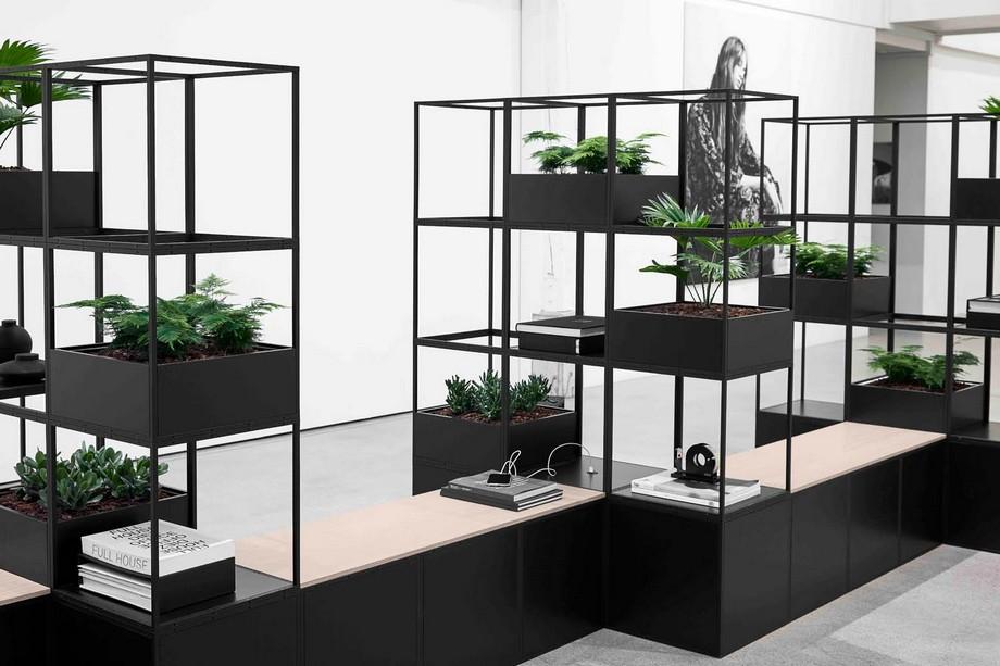 Những chậu cây hoa là vô cùng cần thiết trong một không gian làm việc đông người