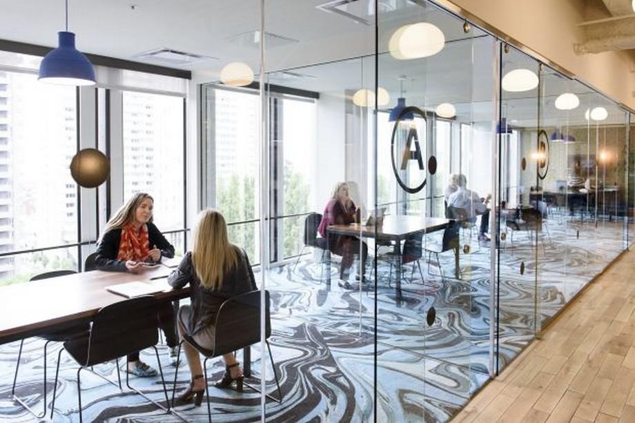 Chia sẻ văn phòng là một trong những dịch vụ nơi làm việc cho freelancer