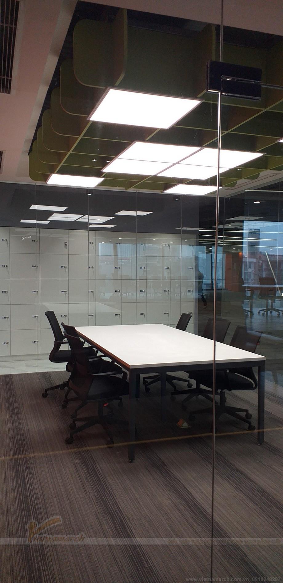 Thiết kế phòng họp nhóm ấn tượng trong coworking space