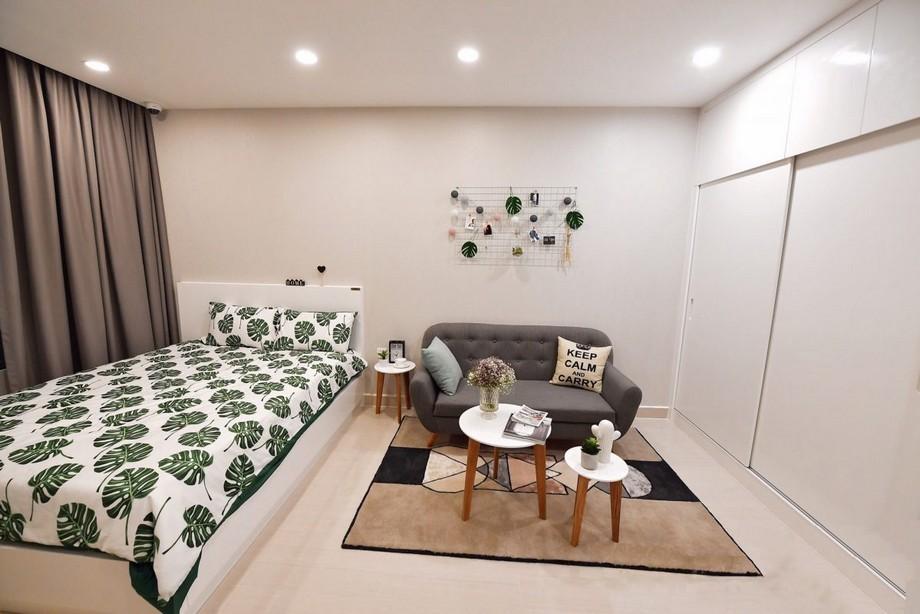 Phòng khách liền phòng ngủ căn hộ