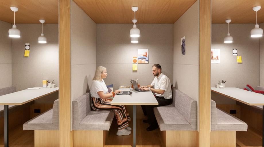 gam màu trắng kết hợp với nội thất gỗ làm nền tảng cho không gian riêng thêm sang trọng